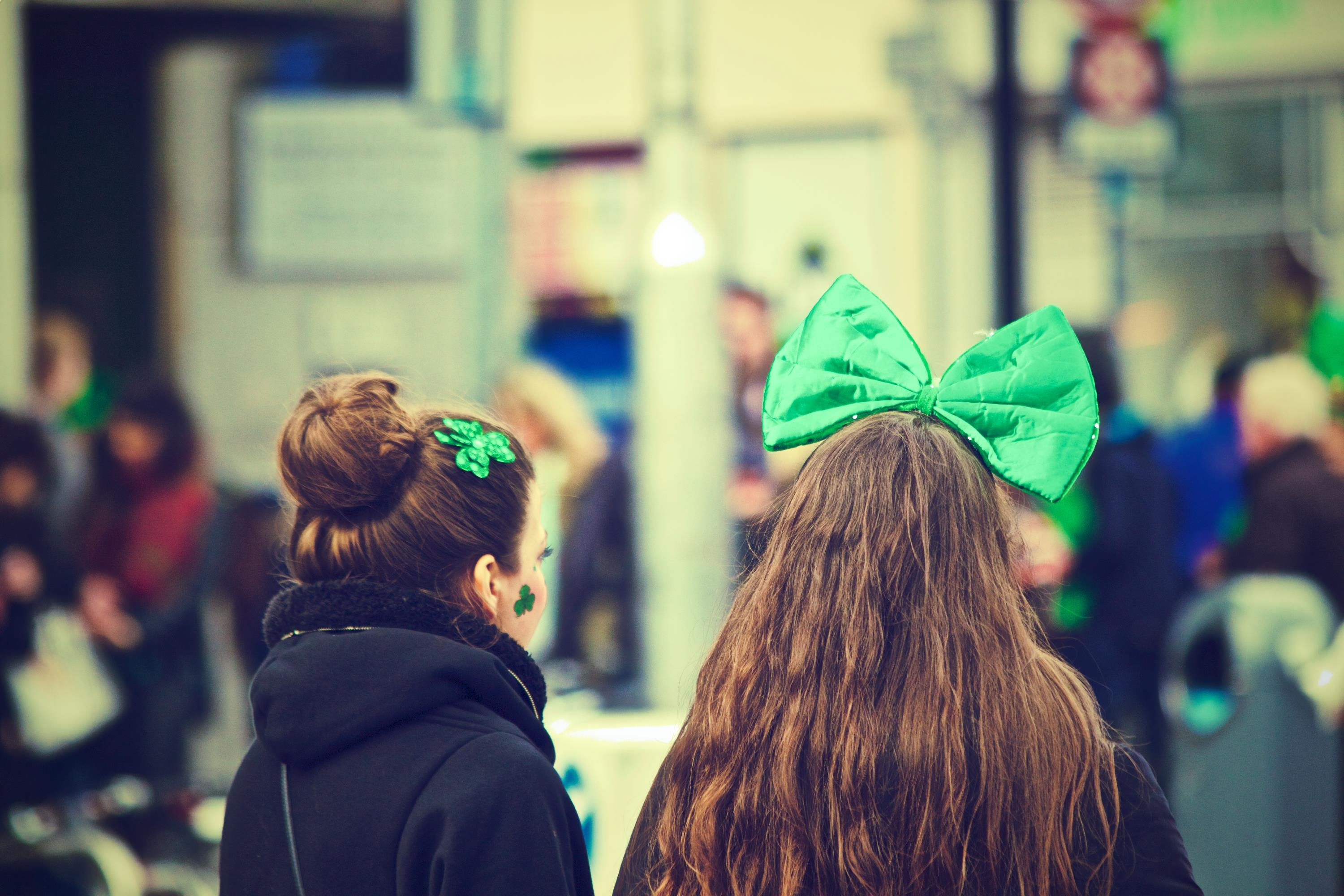 Irish-Girls-with-Green-Bows-in-Ireland-on-St-Patricks-Day